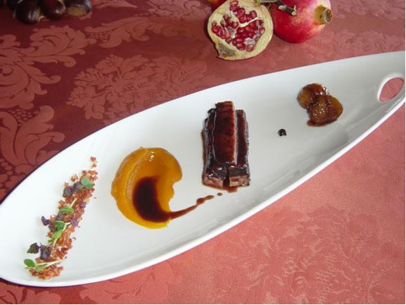 Αγριογούρουνο Φιλέτο με Σάλτσα Κέδρου  Κρέμα  Κολοκύθας, Τραγανό Προσιούτο Ευρυτανίας  Καραμελωμένα Κάστανα σε Κρασί Μαυροδάφνης