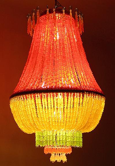 gummi-chandelier